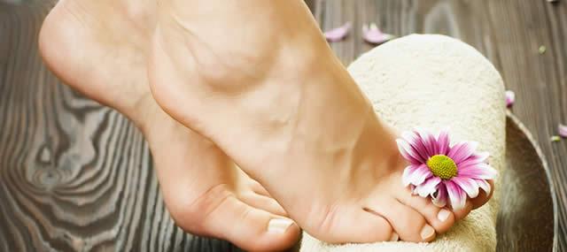 zapach nohou